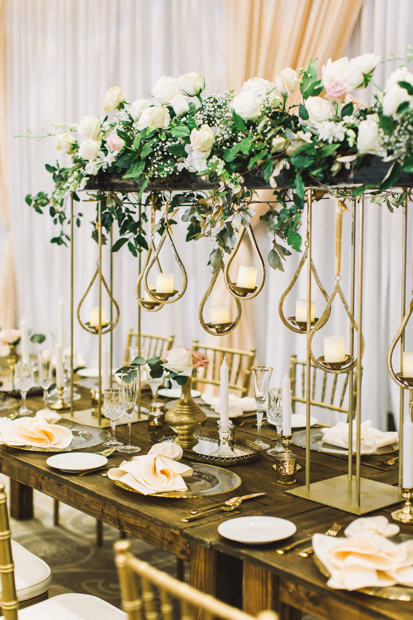 modern reception table arrangement table chargers reception table numbers