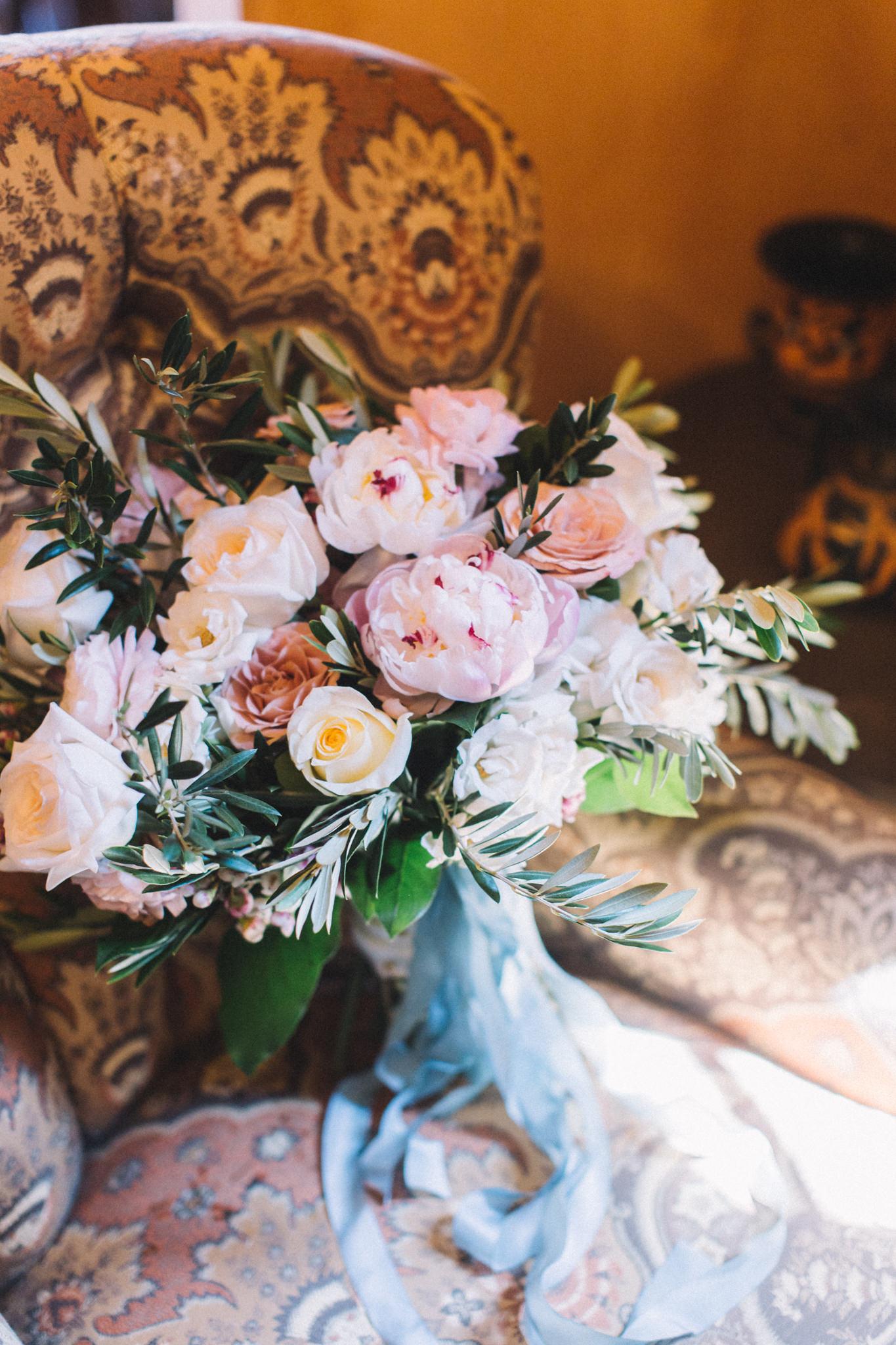 brides cascading wedding bouquet